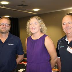 Phil Murray (Assignar) Nicola Murray (Seaway Agencies) & Darren Fursman (NQBP).JPG